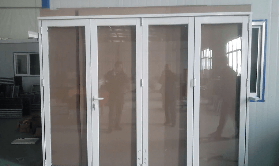 Aluminium Double Glazed Bi Fold Doors 03